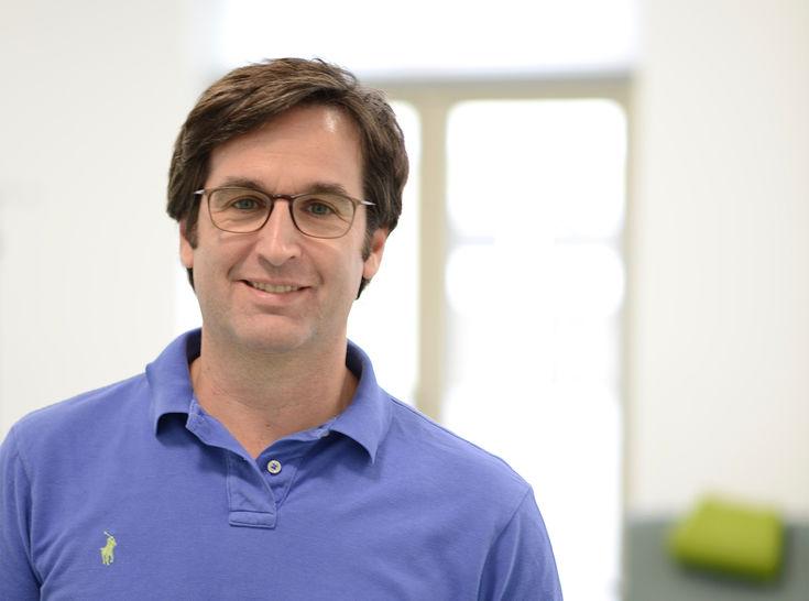 Dr. Stefan Schütz