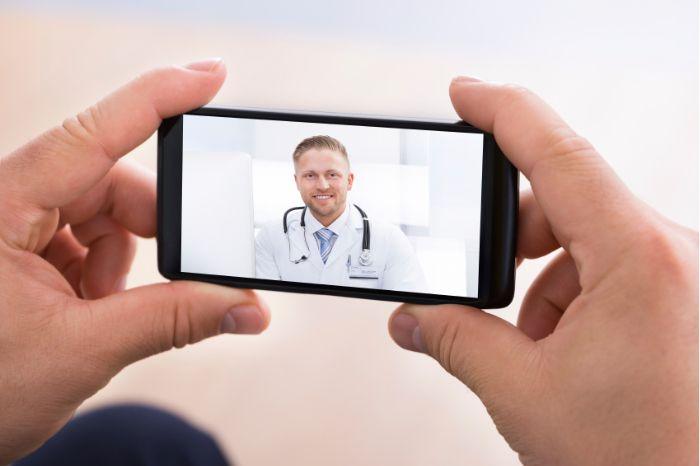 patienten smartphone videosprechstunde